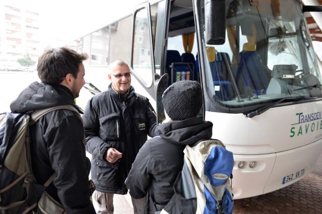 transferts en bus navettes en direction des menuires