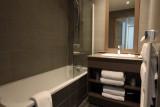 chalet-du-mont-vallon-salle-de-bain-ter-395