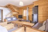 appartement-n21-salon-escalier-4490357