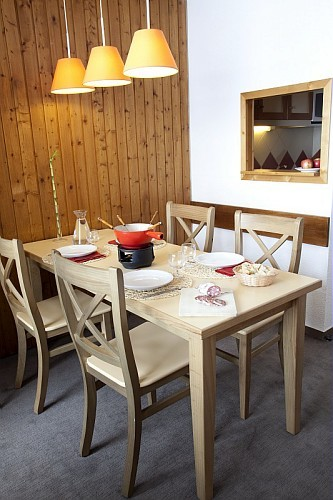 table-315025
